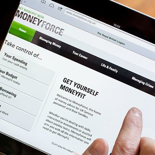 Someone looking at the MoneyForce website