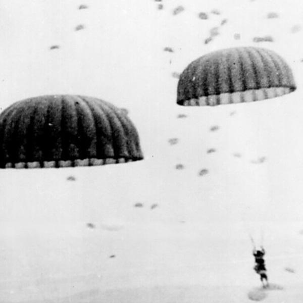 WW2 parachutage