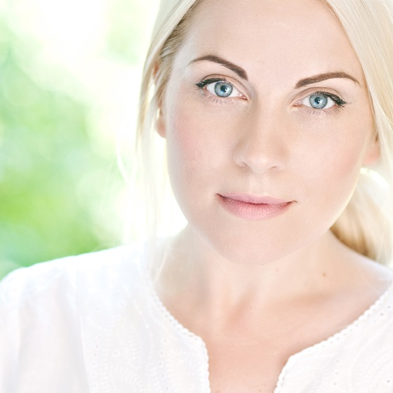 Louise Dearman Headshot high res copy