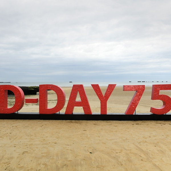 D-Day 75 installation on the beach