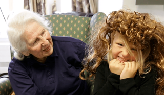 Stories_Children_Visit_Dementia_unit_Hero