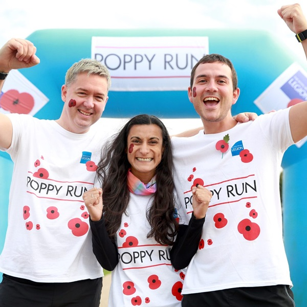 Poppy Run event participants cheering