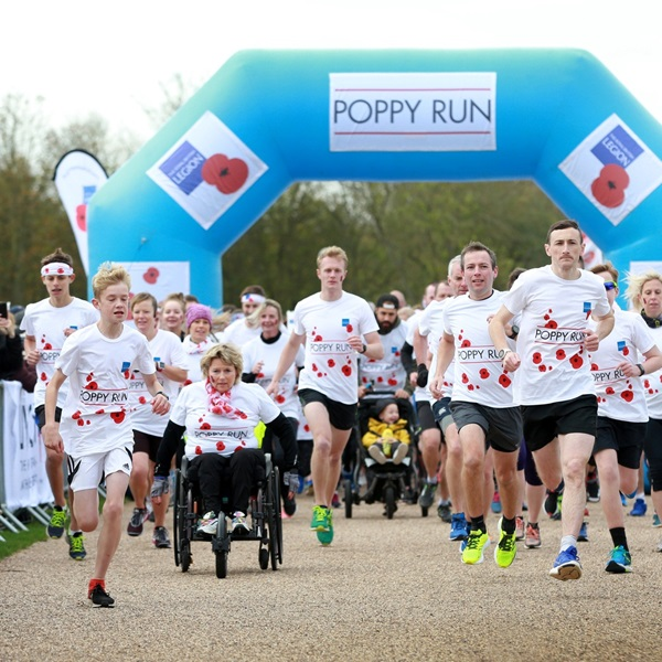 Poppy Run Cardiff with runners at the start line taking off